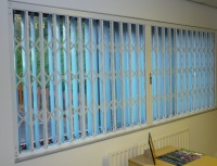 Retractable Security Grilles CX2